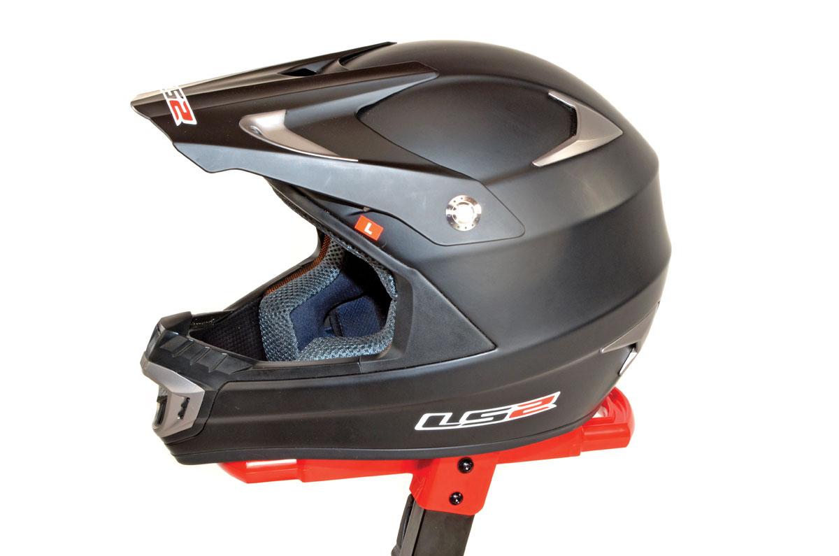 product test ls2 mx442 helmet test utv action magazine. Black Bedroom Furniture Sets. Home Design Ideas