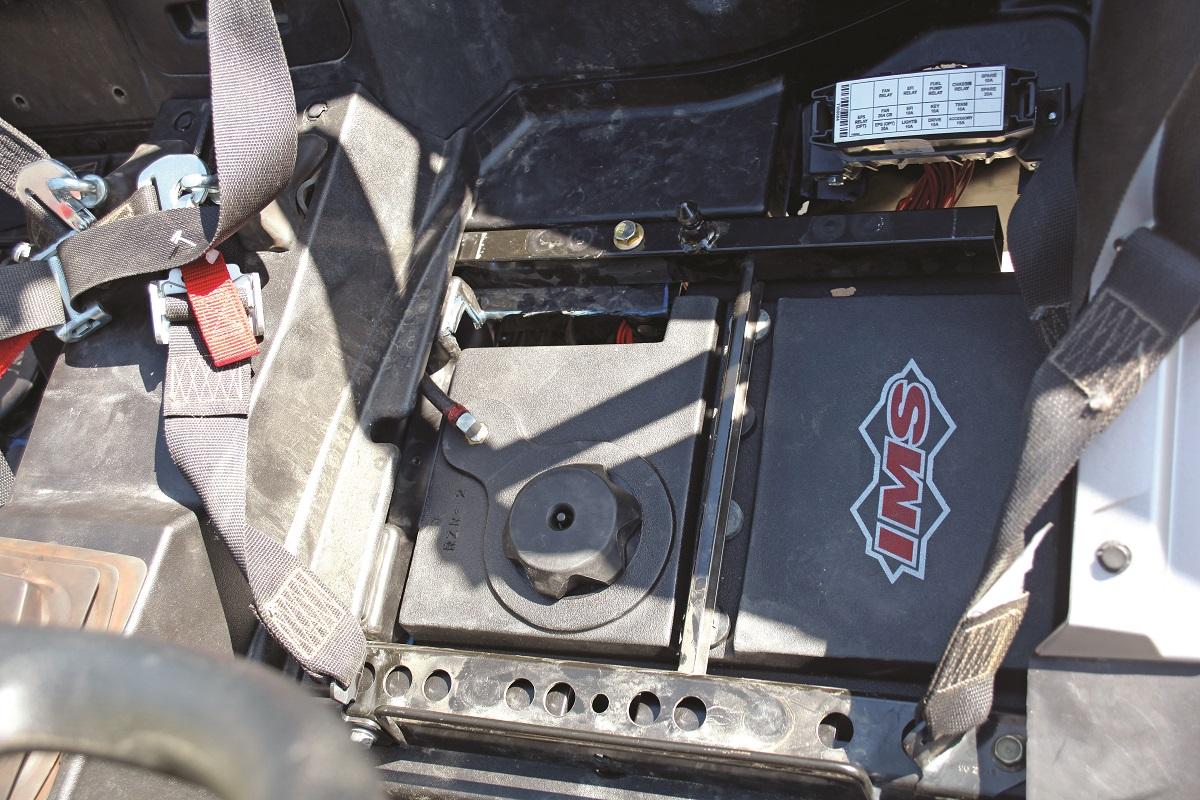 Product Test Ims Rzr Xp1k 5 Gallon Fuel Tank Utv Action
