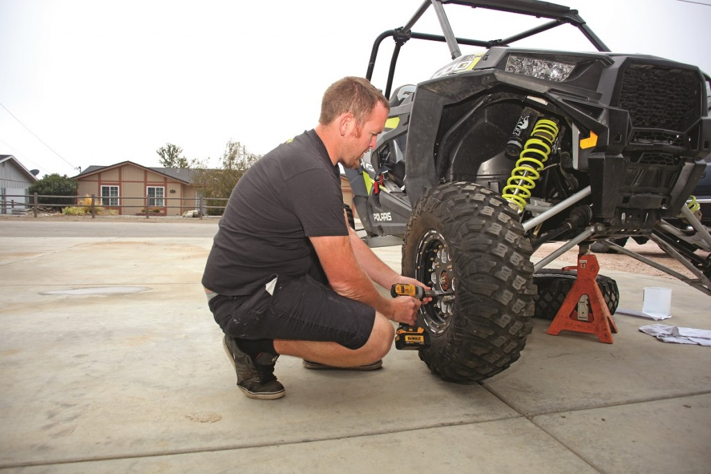 How To Upgrade 2015 Rzr Xp 1000 Front Diff Carrier Utv Action Magazine