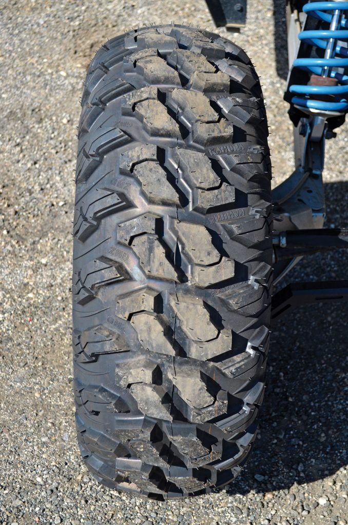 The Kahuna center-tread pattern is quiet on the streets and slick rock, and the stepped side lugs and siped centers offer great steering and braking traction.
