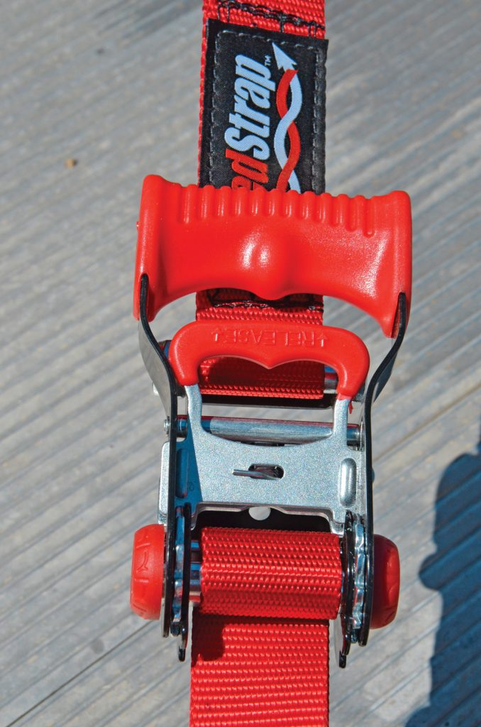 The heart of all SpeedStrap ratcheting UTV 1.5inch tie-downs is this locking ratchet with its large, ergonomic ratchet handle and smaller comfortcoated release handle. Both are super easy to use.