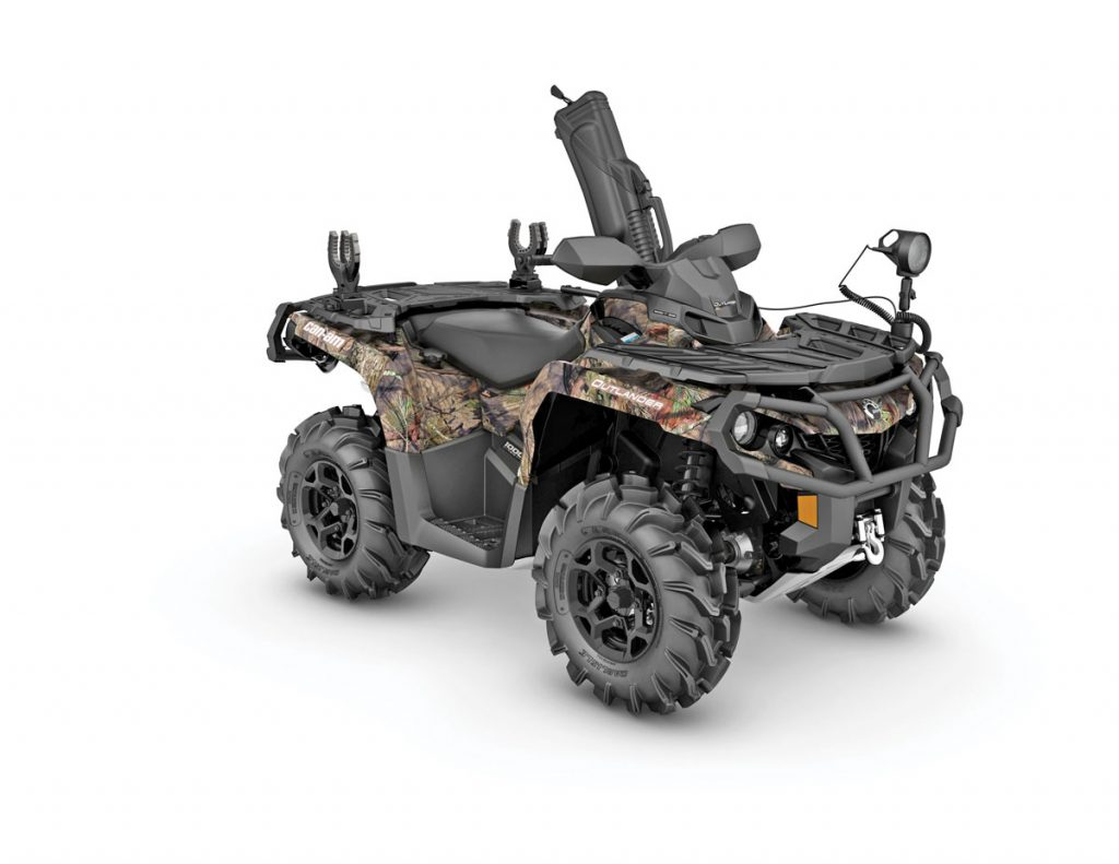 camo2_2017-outlander-mossy-oak-hunting-edition-1000r_3-4-front