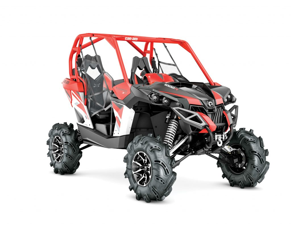 UTVBG9_2017-Maverick-X-mr-1000R-White,-Black-and-Can-Am-Red_3-4-front