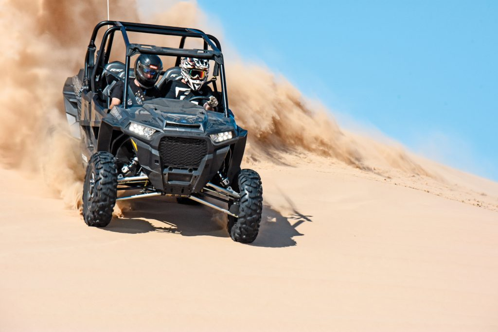 Although the XP 4 Turbo obviously isn't as agile in turns as the XP Turbo, it goes straight much faster in desert whoops, dunes and even rocks. A new 1.5-turn steering box and re-tuned EPS work with dual torsion bars to provide great turning prowess and predictability.