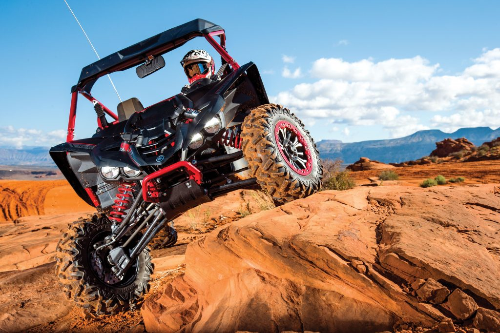 For those who don't want a foot clutch, Yamaha introduces the YXZ1000R Sport Shift Special Edition with Yamaha Chip-Controlled Shift program to deliver a rider-connected experience without the fancy footwork.
