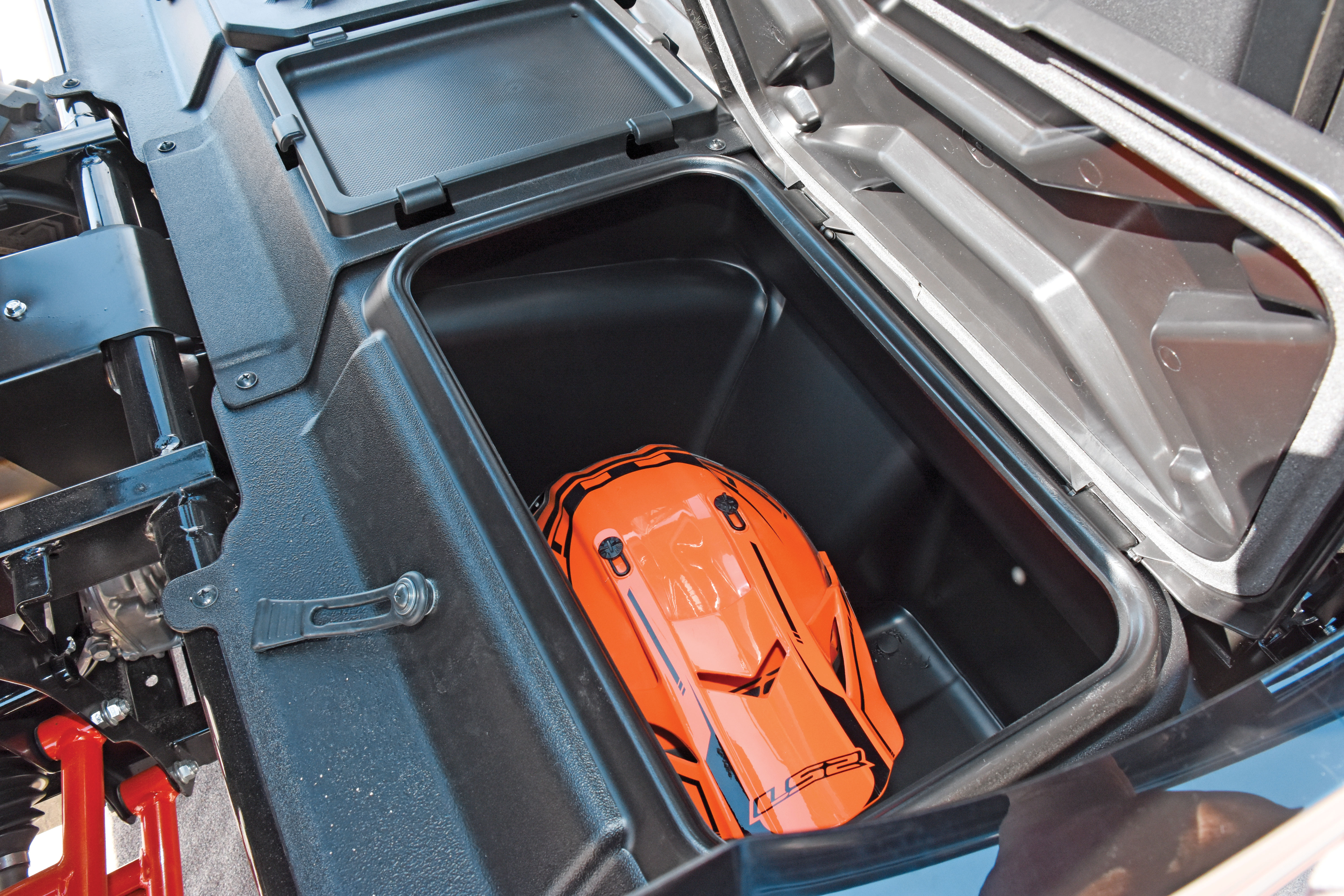 Sharing the same frame as the Teryx4 the Teryx has large storage bins instead of rear seats and each bin holds a helmet large backpack or plenty of tools ... & TEST: KAWASAKI TERYX 800 FI LE | UTV Action Magazine